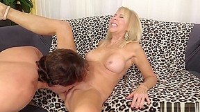 Real mom handjob son