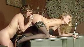 Free girls masturbating porn