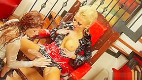 Pussy lickin lesbian video