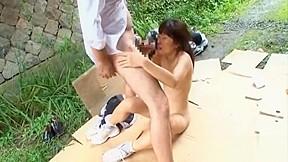 Asian girls like to head