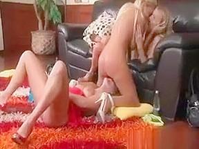 Big booty girl gets anal