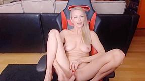 Free pictures amateur tits cum