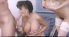 Watch porno hairy pussy online