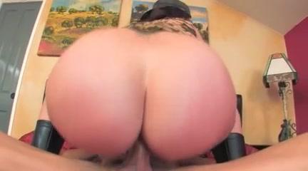 Big ass milf rides cock