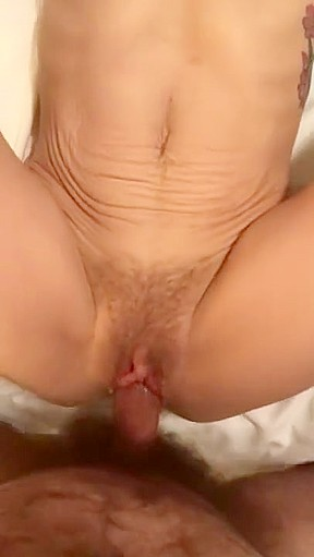 Old lady fucking daughter pics
