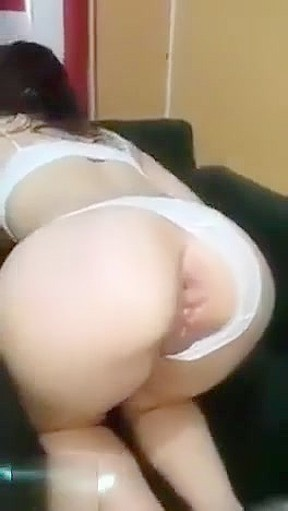 Mommy loves anal videos