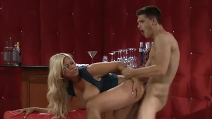 Nina hartley breast size