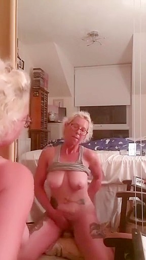 Blonde mom sex video