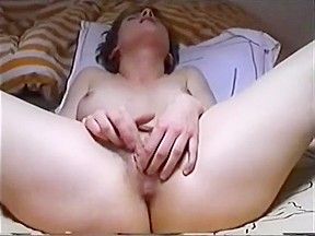 Hand covering pussy me