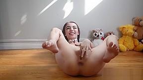 Ebony phat pussy squirting