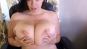 Mom with fake tits