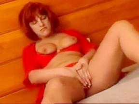 Mature ladies wanking videos