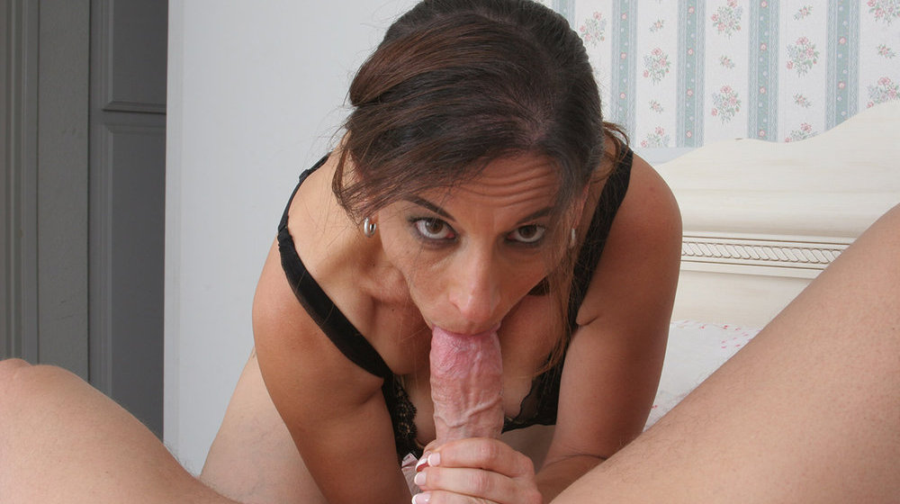 Older milf blowjob