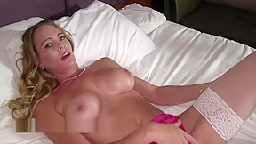 Nude latinas masturbatiob free video