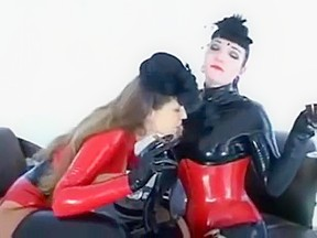 Kinky Latex