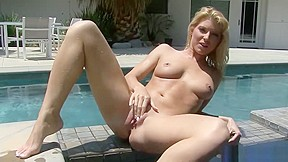 Big tit blonde tube