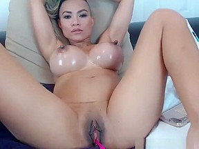 Girls eating pussy free porn