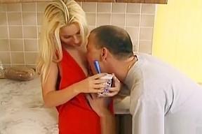 Hot ass blonde bimbo teen