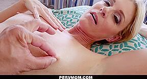 Hot milf moms porn
