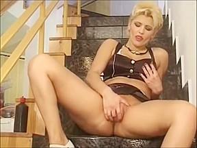 Blonde lesbians kissing movies