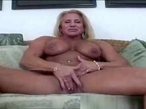 Marizza amateur hairy pussy solo masturbation