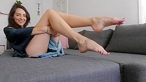 Girls masterbat wet pussy