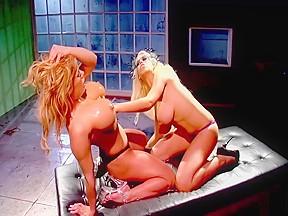 Lesbian pussy tribbing short