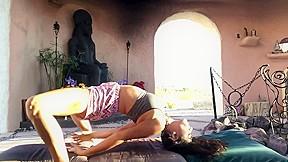 grace diaz yoni yoga