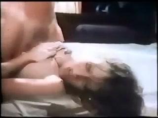 80s Slut is down to fuck