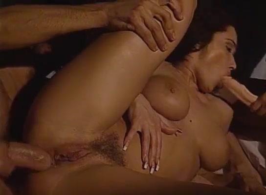 Erika Bella - FFM - Anal double penetration