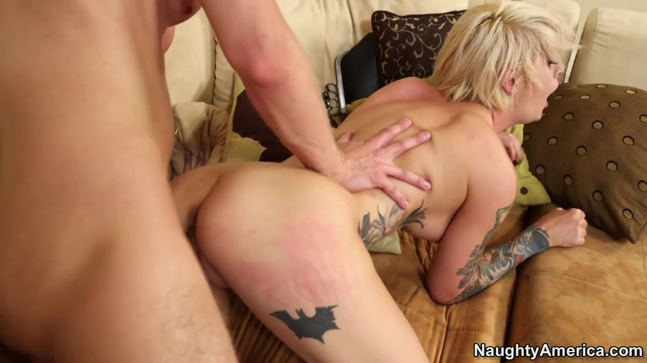Kleio Valentien & Danny Wylde in My Sisters Hot Friend