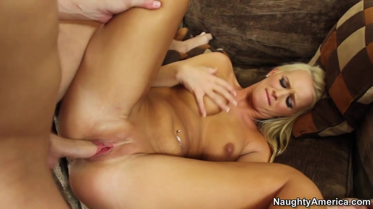 Emily Austin & Kris Slater in My Sisters Hot Friend