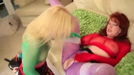 Mature lesbos play in stockings and toy each other hard