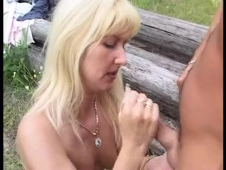 A nasty video showing anal squirting with help of toys