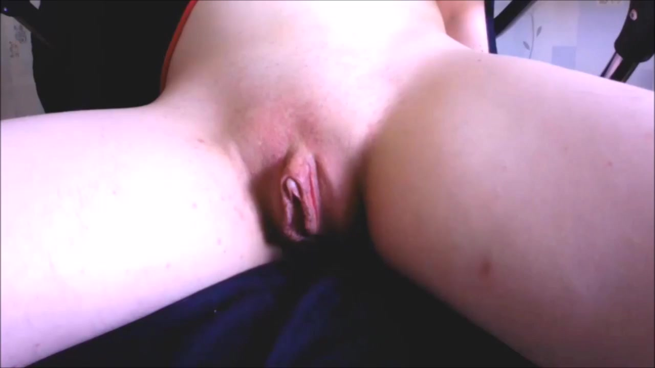 Favorite with plays dildo Brunette