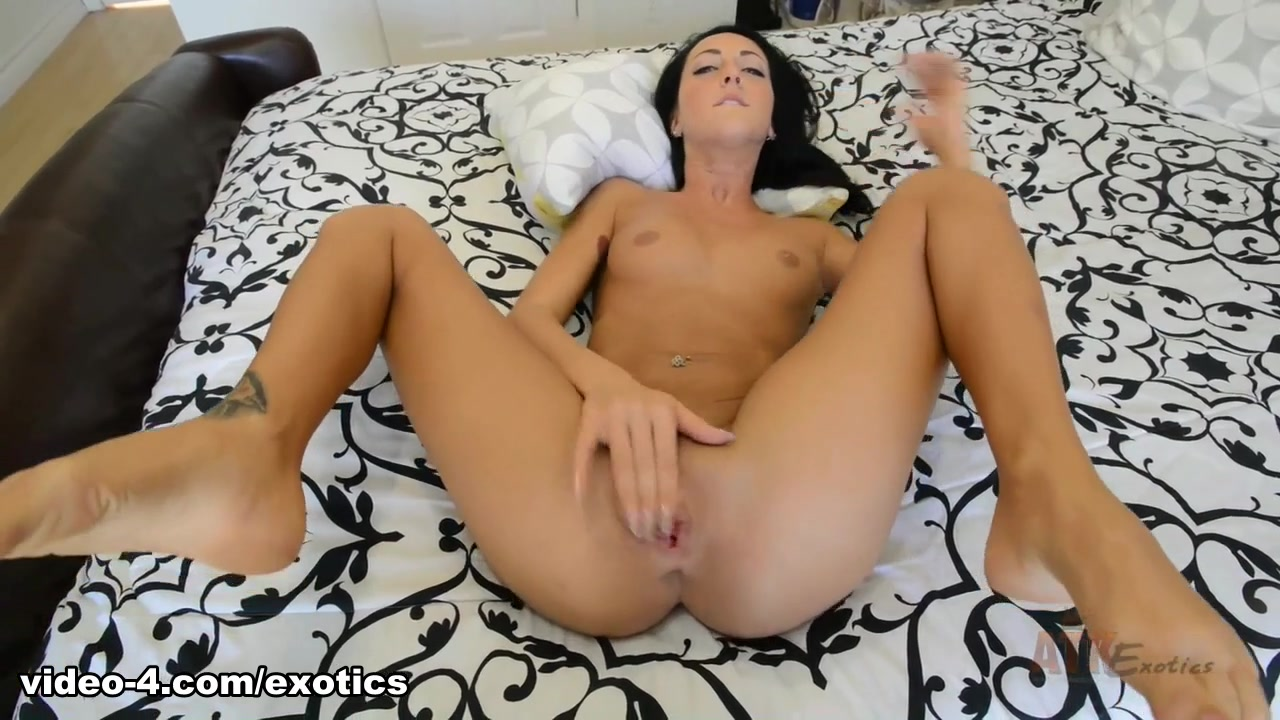 Sabrina Banks - Masturbation Movie