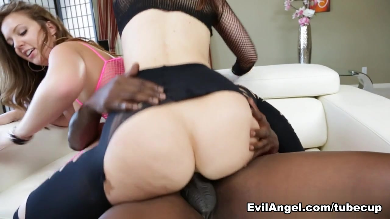 Maddy O'Reilly,Jodi Taylor,Lexington Steele in Lex Is Up Her Ass, Scene #03