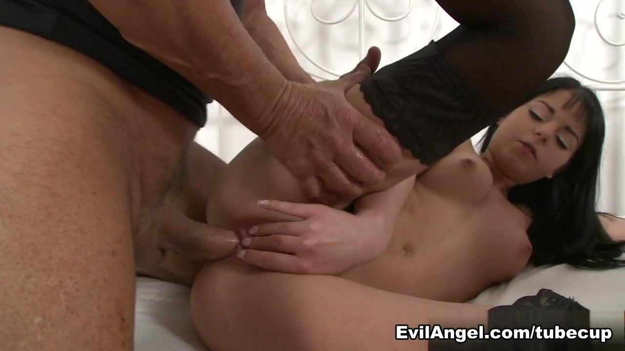 Jessica Swan,Alexis Brill,Christoph Clark in Christoph Meets The Angels #03, Scene #03