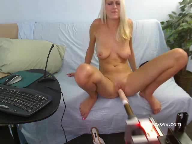 Addison O'Riley live sex machine livecam