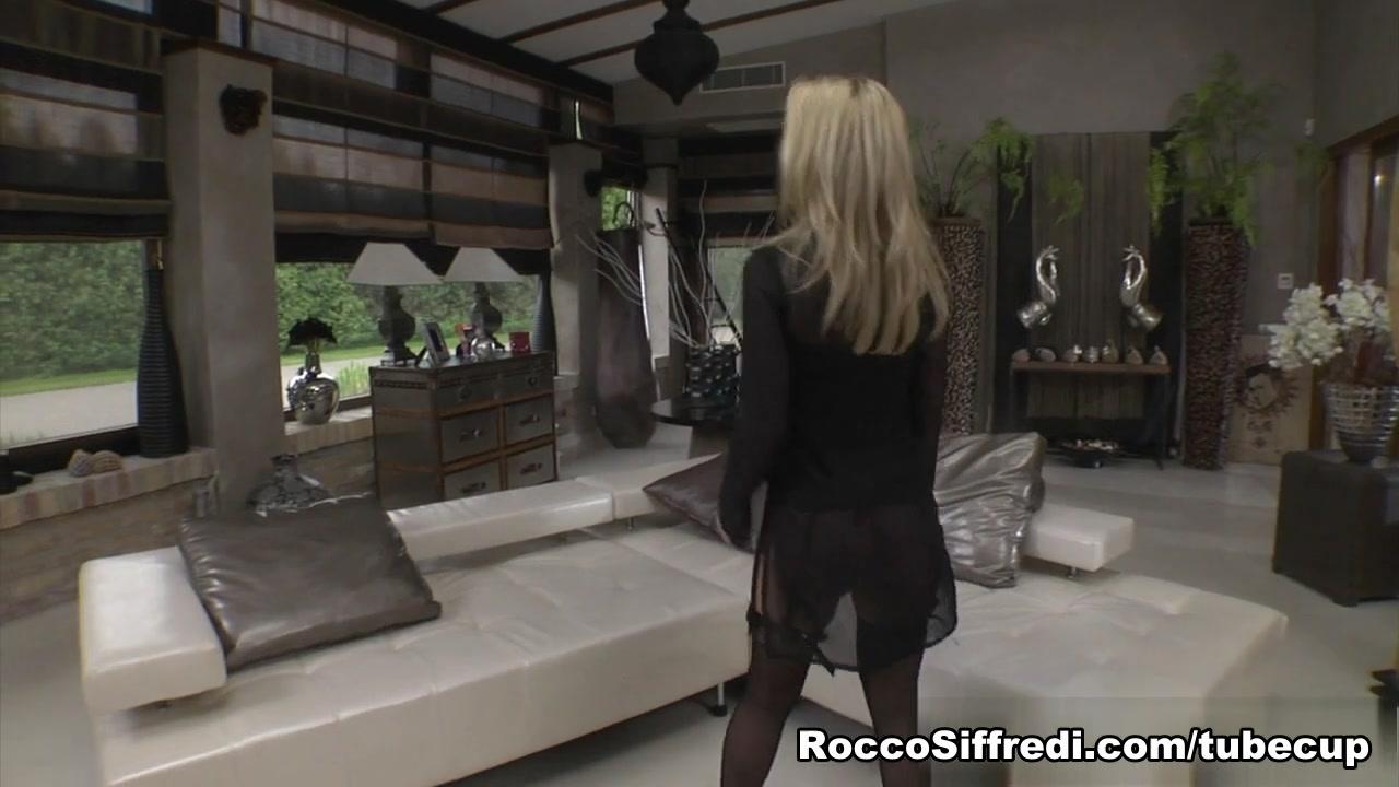 Simone Sonay, Taissia, Rocco Siffredi in BONUS-Girls Vs Milfs #02