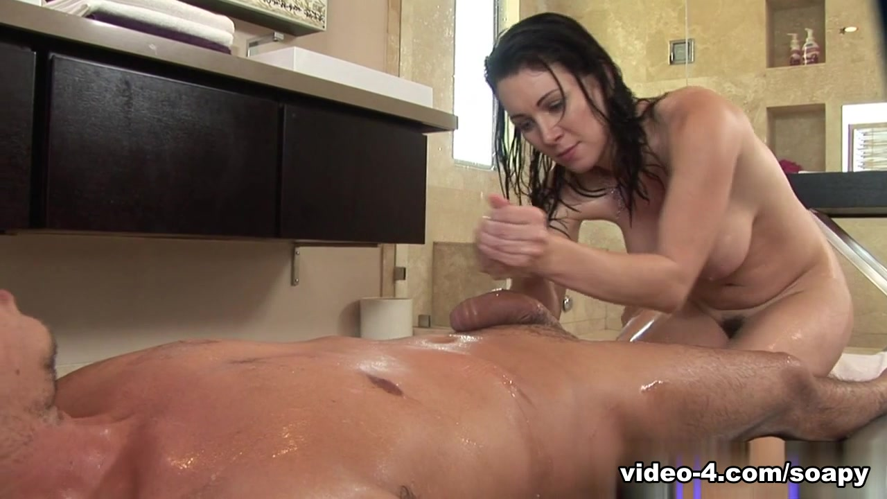 RayVeness in Total Workout Video
