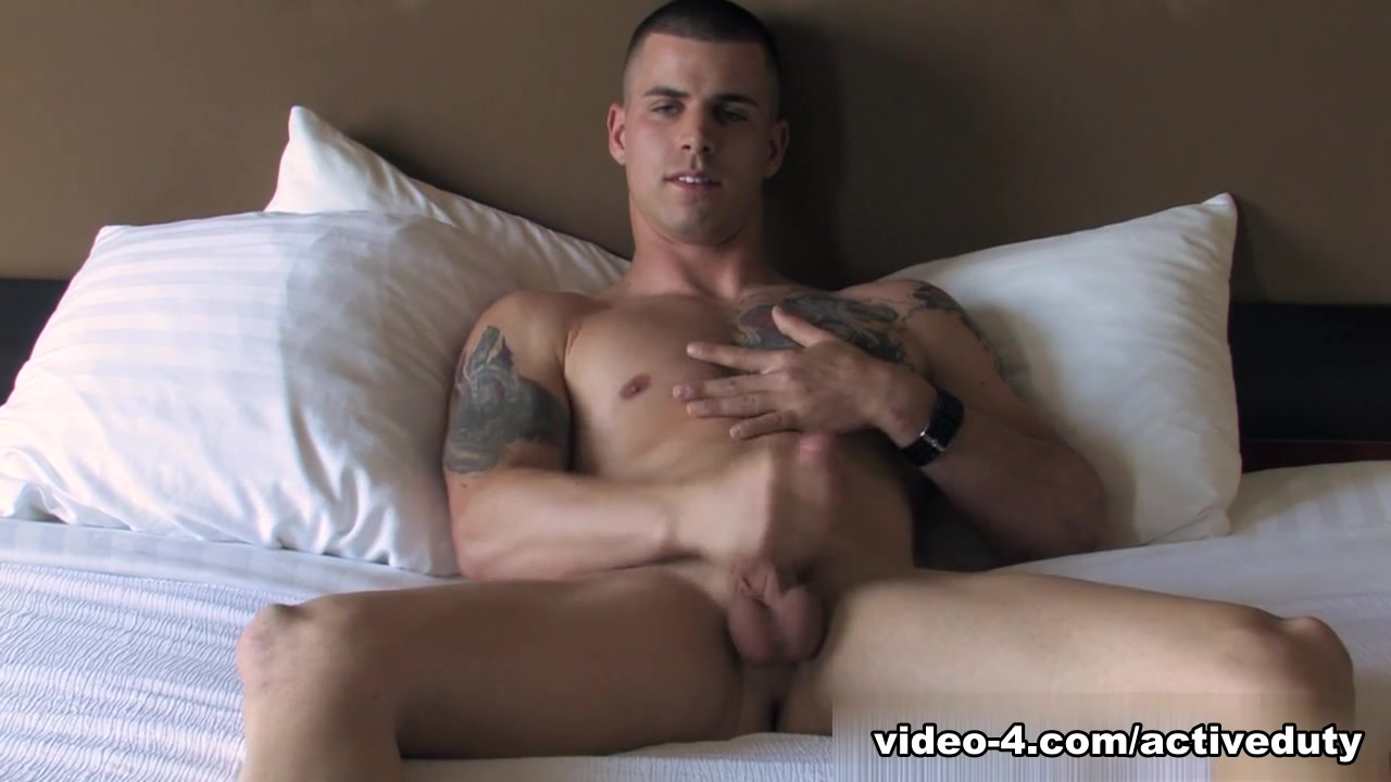 Robby - Solo Military Porn Video