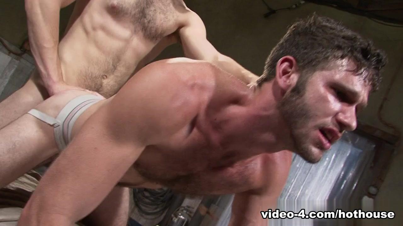 Tommy Defendi & Jimmy Fanz in Hole 1 Video