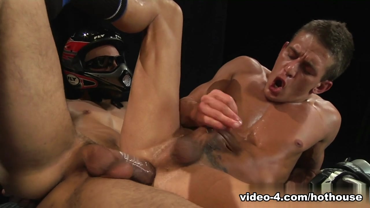 Alexander Gustavo & Dylan Strokes in Extreme Fuck Club Video