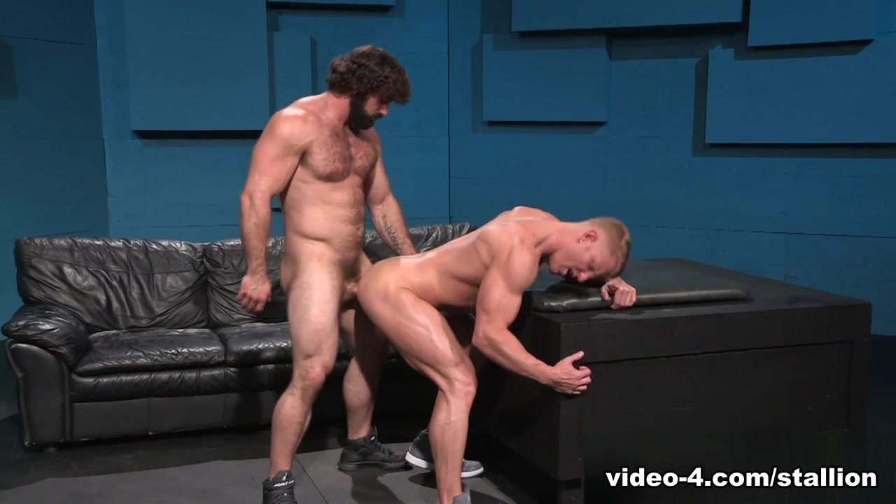 Johnny V & Jaxton Wheeler in Bang On! Video