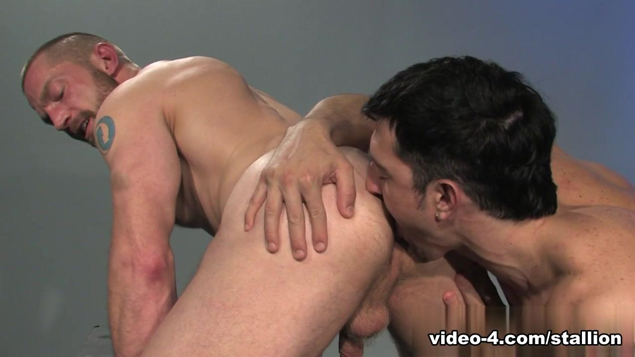 Jimmy Durano & Adam Herst in So Into You, Scene #04