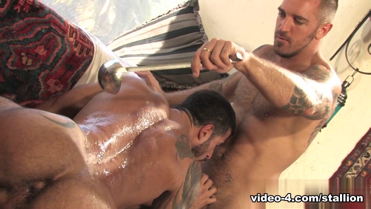 Francesco D'Macho & Adam Killian in Arab Heat, Scene #02