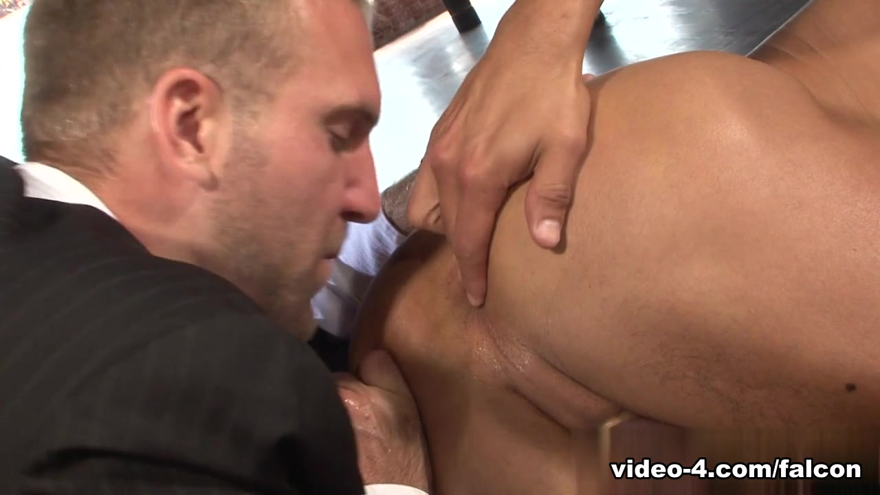 Members Exclusive XXX Video: Tom Wolfe, Angelo Marconi