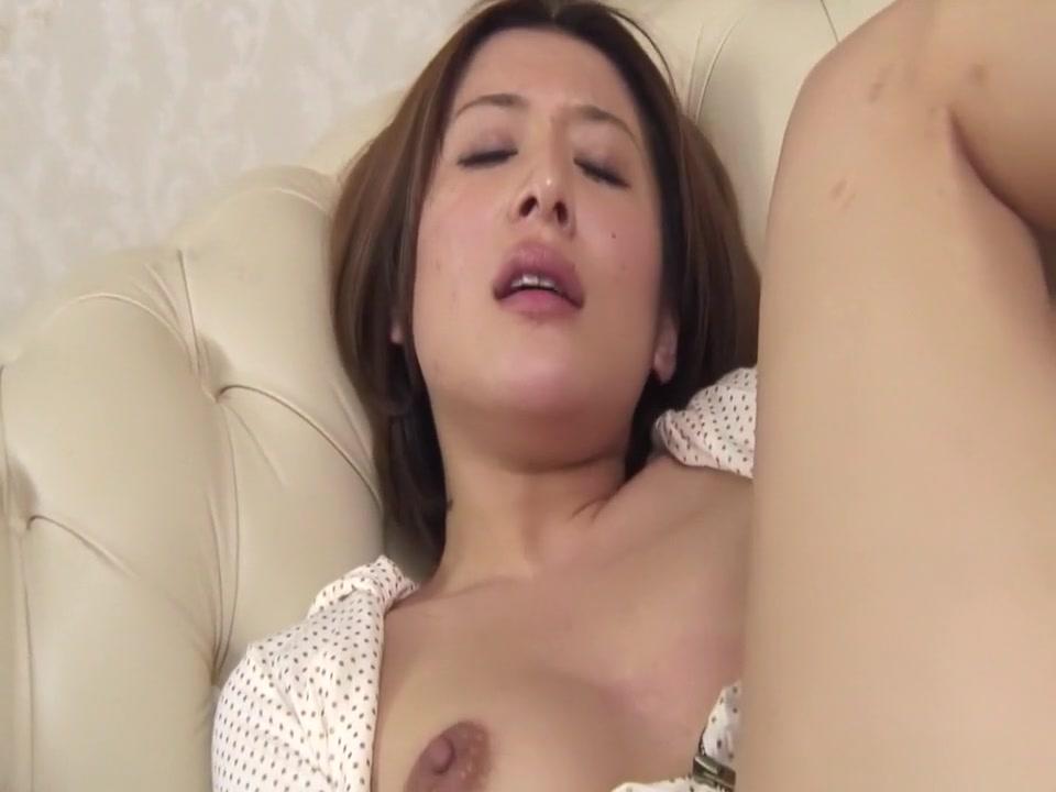 Hottest Japanese chick Emi Orihara in Fabulous JAV uncensored MILFs scene