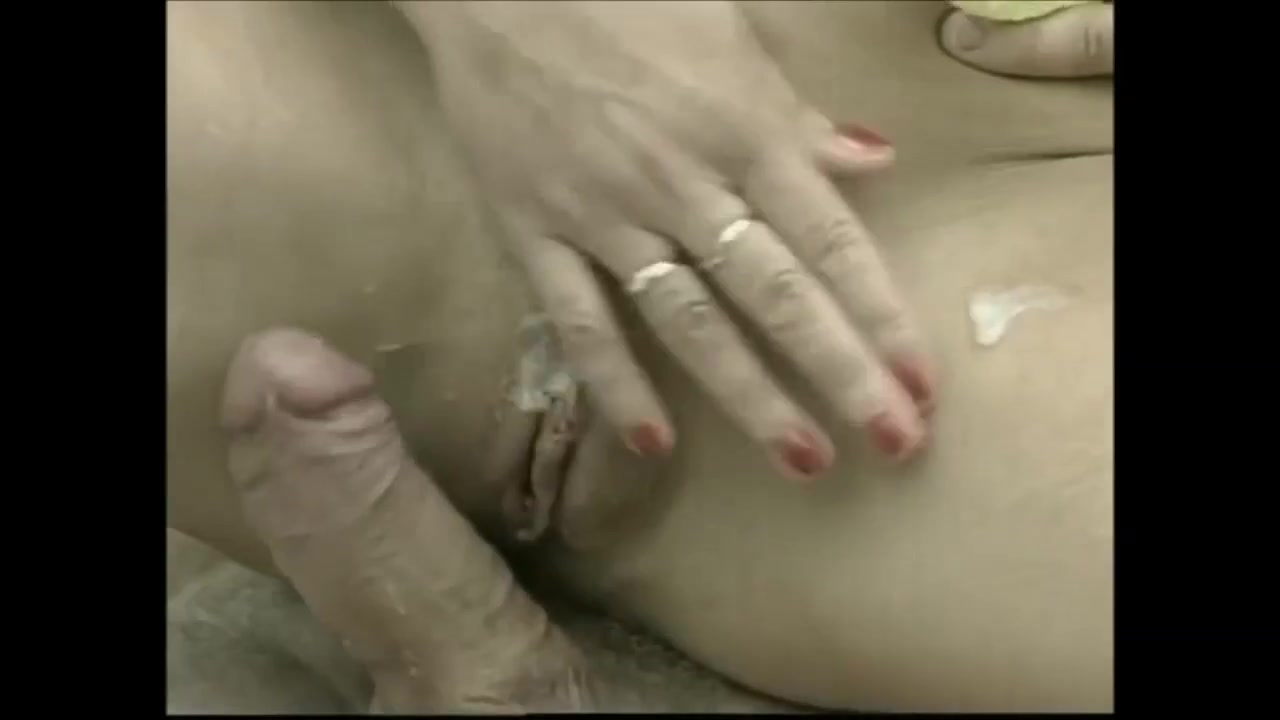 German Mature fucked - What her dress made of?
